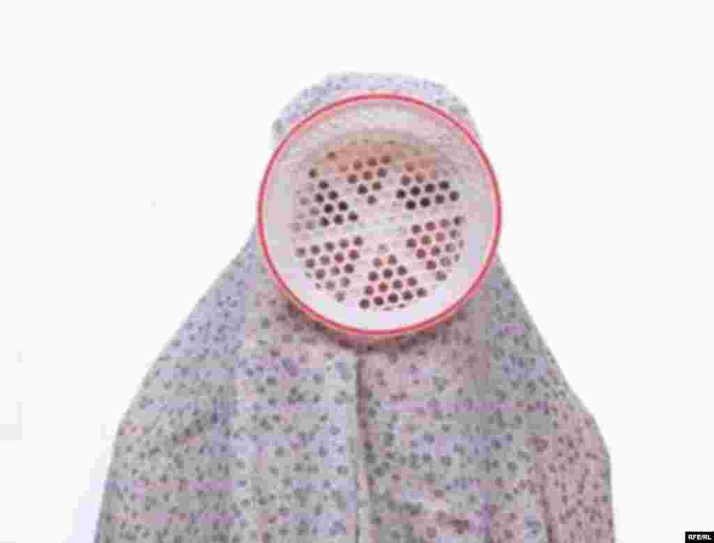 UAE- photo exhibition of Shadi Ghadiri ( An Iranian Artist and photographer) in Dubai- 01/17/2007