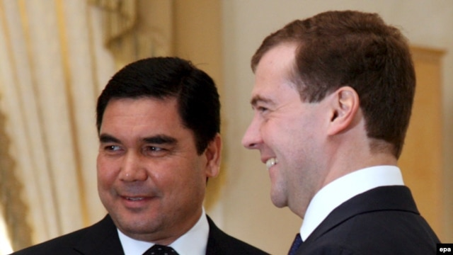 Berdymukhammedov and Medvedev. Are friendly relations on the way out?