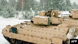 ABŞ tankları Latviyada təlim zamanı. Noyabr, 2014