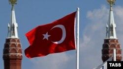 Flamuri turk, ilustrim.