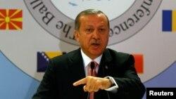 Туркия президенти Ражаб Тоййип Эрдўғон.
