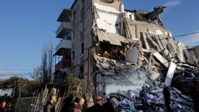 Tumane (Albanija) jutro nakon razornog zemljotresa, 26. novembar 2019.