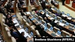 Заседание казахстанского парламента.
