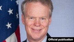Ambasadori Greg Delawie, foto arkivi