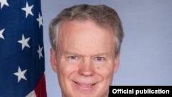 Greg Delawie, ambasador SAD u Prištini