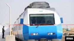 خط سریع السیر قم - اراک به طول ۱۱۷ کیلومتر به وسیله ایتالیاییها ساخته می شود