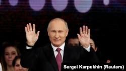 Путин Орусияны 1999-жылдын аягынан берип башкарып келет.
