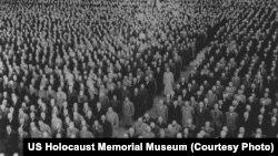 Ֆաշիստական Գերմանիայի գերիները Բուխենվալդի համակենտրոնացման ճամբարում՝ Երկրորդ աշխարհամարտի տարիներին