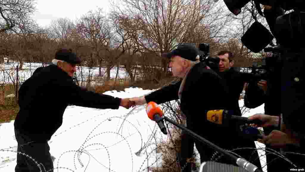 1 января 2017 года. Дата Ванишвили и американский сенатор Джон Маккейн