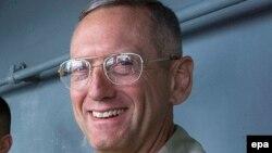 Generalul de marină James Mattis la bordul USS Peleliu în noiembrie 2001.