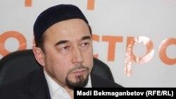 Дінтанушы Бейбіт Сапаралы. Алматы, 31 қазан 2012 жыл.