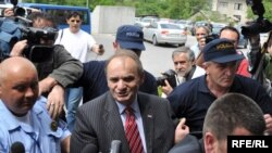 Branimir Glavaš prilikom privođenja na saslušanje pred sudom u BiH, 13.5.2009.Foto: Midhat Poturović