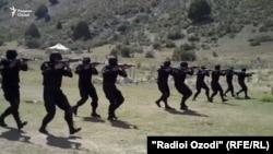 В учебном центре проходят антитеррористические учения бойцов спецпоздразделения милиции