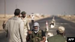 Ливийские повстанцы на подступах к Сирту