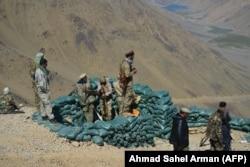 """Панжшерге """"Талибан"""" бийлигине каршылардын баары чогулуп жатат. 23-август, 2021-жыл."""