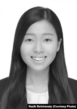 Жаслин Вэн Ян Ши.