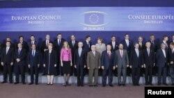 Учасники саміту ЄС у Брюсселі, 28 червня 2012 року