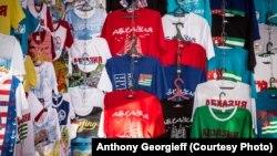 Обмен старых российских загранпаспортов на новые стал для их обладателей в Абхазии настоящей головной болью