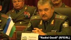 Министр обороны Узбекистана Абдусалом Азизов