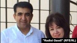 Известный таджикский кардиохирург Абдумалик Саломов вместе с супругой.