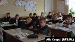 In clasa Galinei Scorțescu la ora de matematică