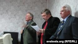Вядоўца й выступоўцы – Уладзімер Кацора, Сяргей Калякін, Віктар Карняенка