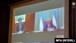 ویدیو کنفرانس نمایندگان افغانستان، امریکا و ازبکستان