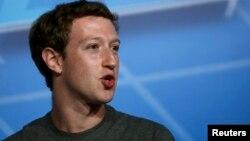 Глава компании Facebook Марк Цукерберг.