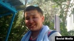 Жоомарт Асанбеков (Сүрөт Фейсбуктагы өздүк баракчасынан алынды).