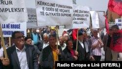 Sindikalni protest u Prištini, maj 2013.