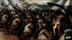 معترضان ايرانی فيلم ۳۰۰می گويند اين فيلم تحريف تاريخ و توهين به ملت ايران است.