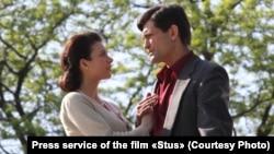 Через повернення у фільм сцени з адвокатом Медведчуком творцям фільму довелося змінити структуру картини