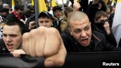 Ռուսաստան - Ռուս ազգայնականները «Ռուսական երթի» ժամանակ, Մոսկվա, 4-ը նոյեմբերի, 2013թ․