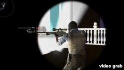 Скриншот из видео таджикиской версии игры Counter-Strike.
