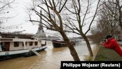 Наводнение в Париже, 25 января 2018 год