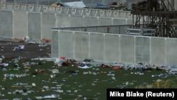 Pamje pas të shtënave në Las Vegas nga të cilat u vranë 59 vetë dhe u plagosën qindra të tjerë