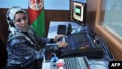 28 сентября боевики талибов подожгли радиостанцию «Рошани», основанную Седикой Шерзай в 2008 году в афганском городе Кундуз.