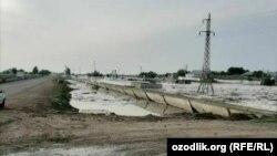 Прорыв дамбы Сардобинского водохранилища, Узбекистан.