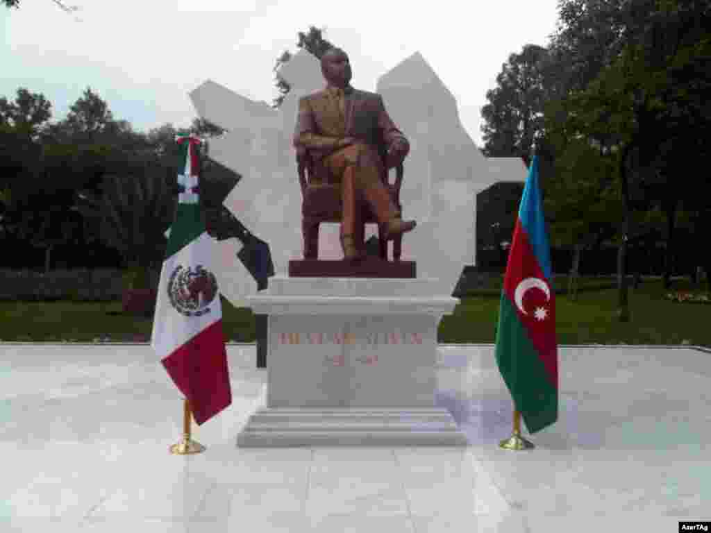 Heydar Aliyev's latest statue was unveiled in Mexico City on August 23, 2012.