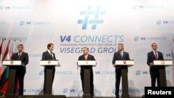 Канцлер Австрии Себастьян Курц (второй слева) и лидеры Вишеградской четверки на встрече в Будапеште, 21 июня 2018 года
