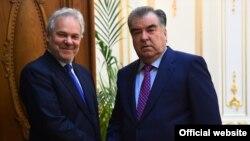 Эмомали Рахмон и Пиетро Салини. Фото с сайта президента Таджикистана