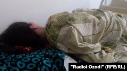 Фарзона Ғуломова дар бемористон