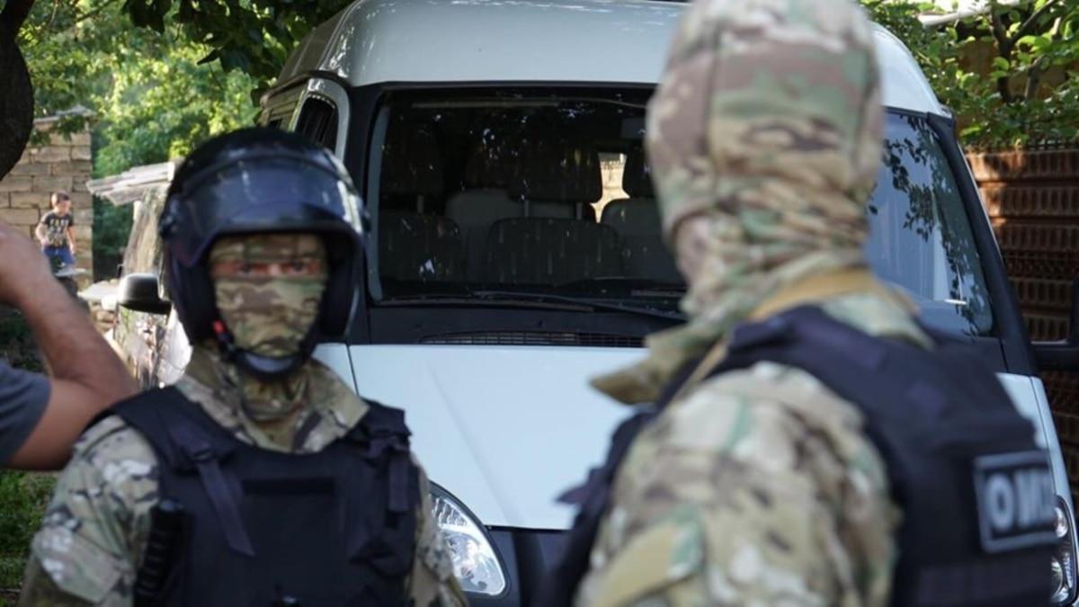 Зачем Путин сажает в тюрьмы крымских татар?