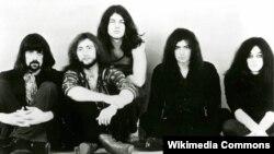 «Клясычны» склад Deep Purple: Джон Лорд, Роджэр Гловэр, Іян Гілан, Рычы Блэкмар, Іян Пэйс.
