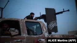 «Ահրար ալ-Շամ» խմբավորման զինյալը Սիրիայում, արխիվ