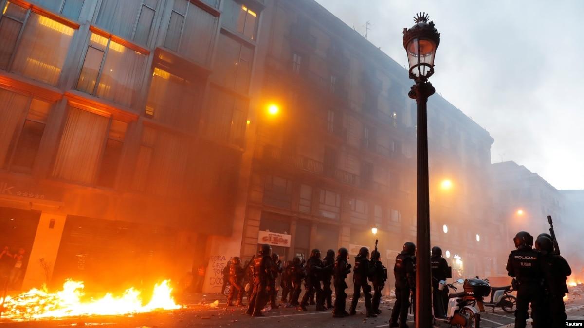 В Барселоне после марша произошли столкновения, пострадали более 60 человек