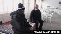 Ҷумъахон Назриев бо дӯсташ Бобо Шерматов