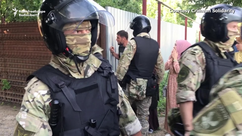Russian Authorities In Occupied Crimea Detain Tatar Activists, Search Their Homes