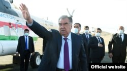 Эмомали Рахмон в Исфаре, 9 апреля 2021 года
