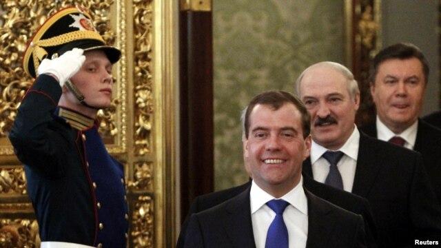Дмитрий Медведев, Александр Лукашенко и Виктор Янукович в Москве. 19 марта 2012 г